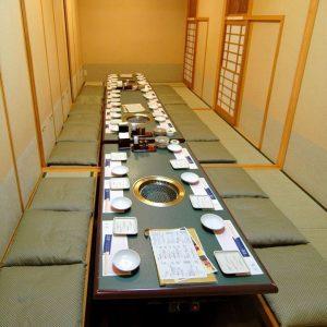 牛傳 山王パークタワー店 店内 お客様のいろいろなシチュエーションに合わせお席を提供させていただきます。